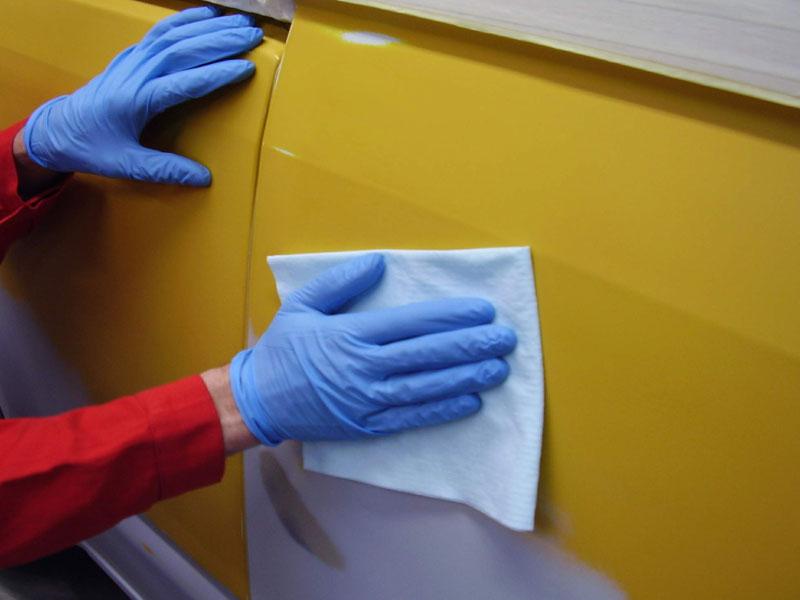 B12686589 Colad Degreasing Wipes Colad Degreasing Wipes – Application